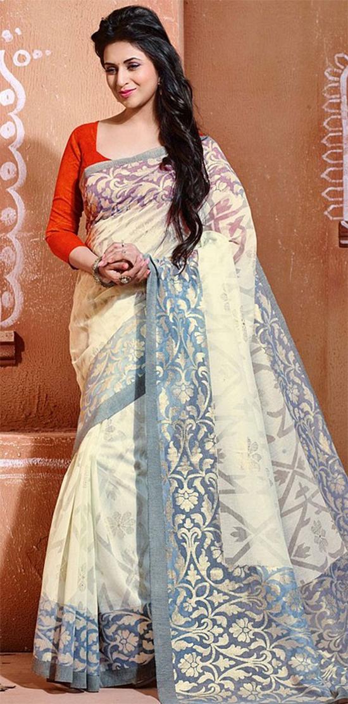 Divyanka Tripathi In Casual Grey and Off White Art Silk Trendy Printed Saree