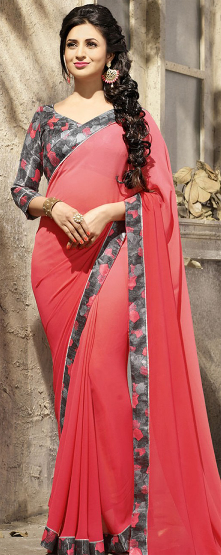 Divyanka Tripathi In Red Plain Floral Border Saree