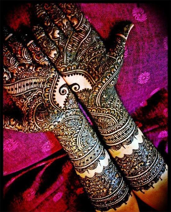 Elegant Design of Rajasthani Mehendi