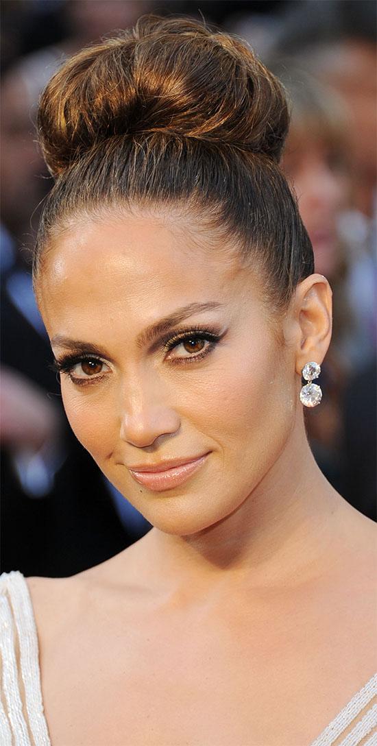 Mega Bun Jennifer Lopez