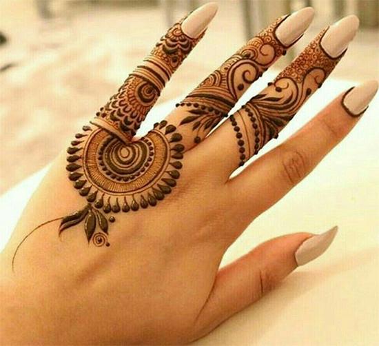 Pakistani Latest Eid Fingers Mehendi Designs