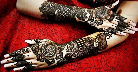Rich-Back-Hand-Mehendi-Design