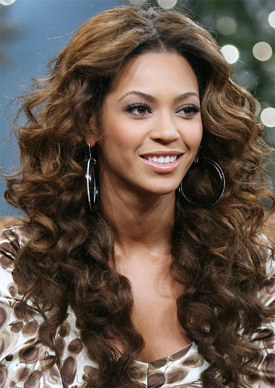 Beyonce Long Curly Hairstyle