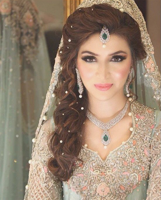 Wedding Makeup Hair Style: Top 20 Indian Bridal Hair Styles Perfect For Your Wedding