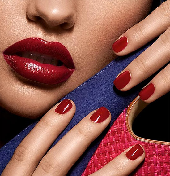 Trendy Beauty Make Up With Matching Lips And Nails-It will inspire You!