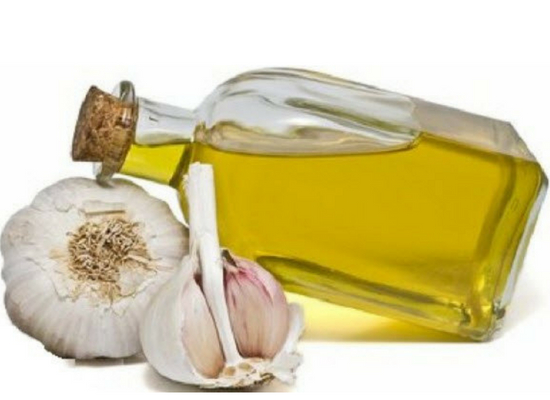 Garlic with olive oil